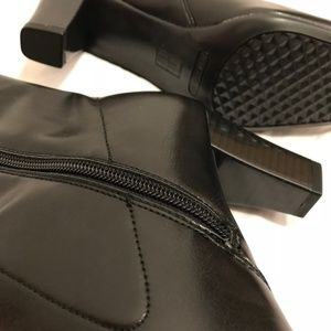 AEROSOLES Shoes - Aerosoles Size 8.5 Vegan Leather Heeled Boots